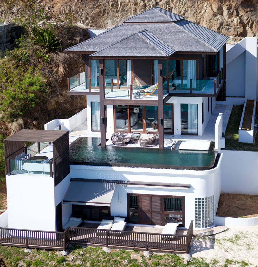 View these Luxury Sea Ray Villas for Sale in Tamarind Hills Antigua
